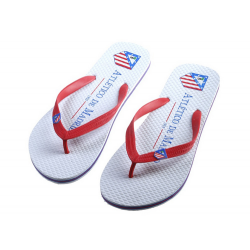 Chanclas piscina del Atletico de Madrid.