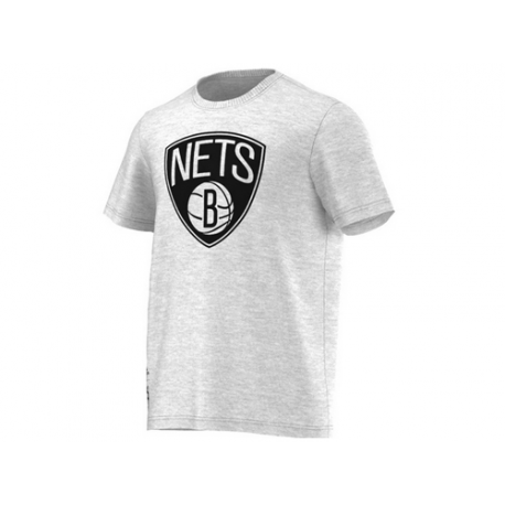 Brooklyn Nets Fanwear T-shirt.