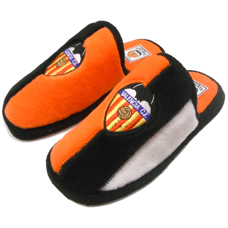 39b51791 Zapatillas de estar por casa del Valencia C.F. - Forofos