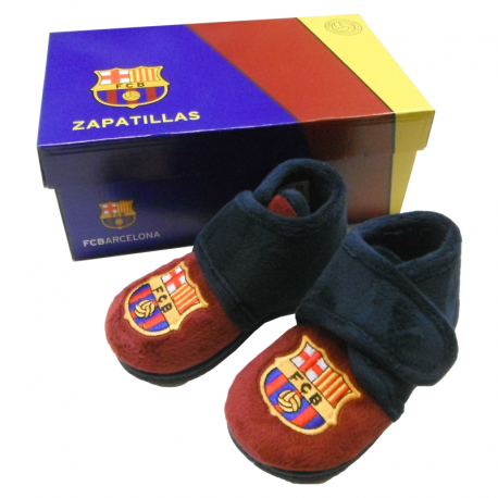F.C.Barcelona Kids Slippers at home.