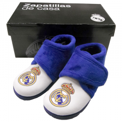 Zapatillas de estar por casa para niño del Real Madrid.