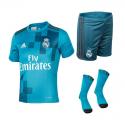 Conjunto niño 3ª equipación Real Madrid 2017-18.