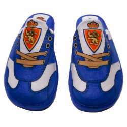Zapatillas de estar por casa del Real Zaragoza.