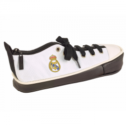 Estuche zapatilla del Real Madrid.